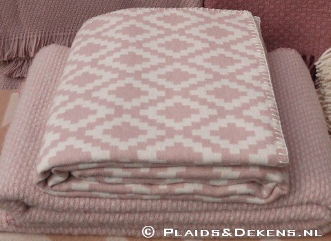 Plaid Diamonds pale pink