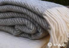 Plaid Danaja Herringbone grijs franjes