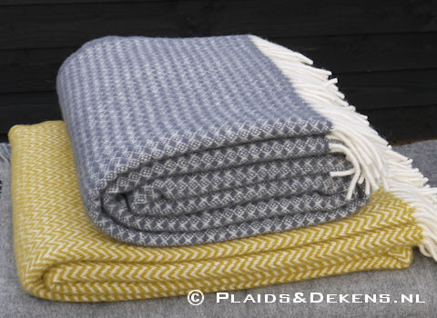 Plaid Diamonds warm grey