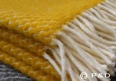 Plaid Velvet saffraan geel franjes
