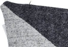 Kussenhoes Focus on Twist darkgrey 40x60 detail